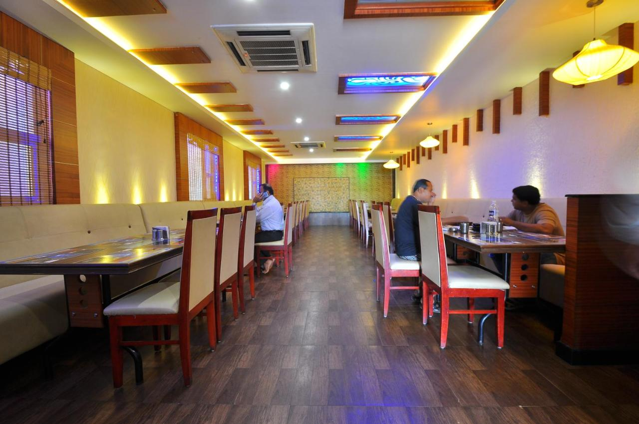 Hotel Raj Vista Suites And Convention Hotel Premier Comfort Bangalore India Bookingcom