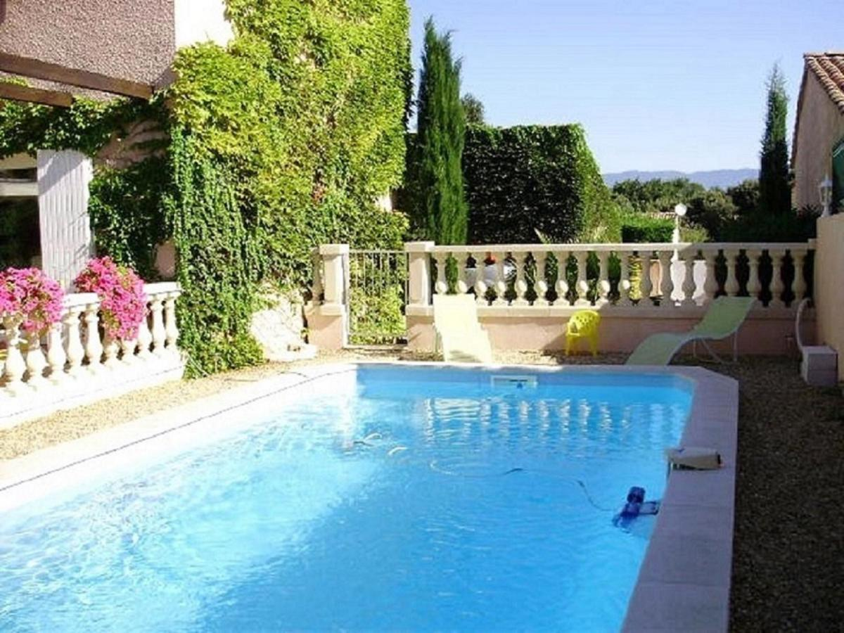 Bed And Breakfasts In Peyrolles-en-provence Provence-alpes-côte D