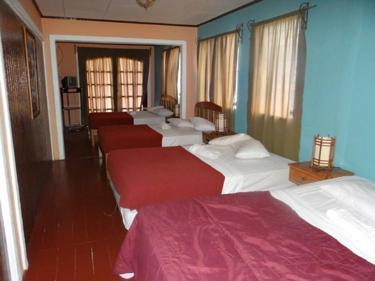 Hotel Costa Sol, La Ceiba, Honduras - Booking.com