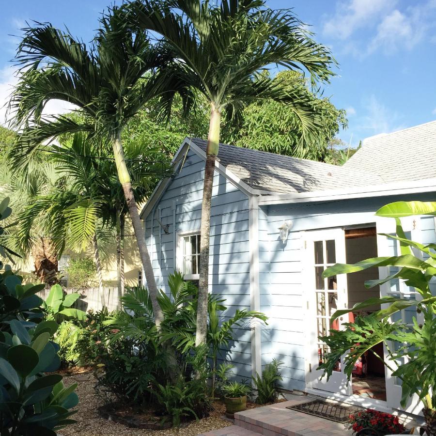 Coco Palm Cottage, West Palm Beach, FL - Booking.com