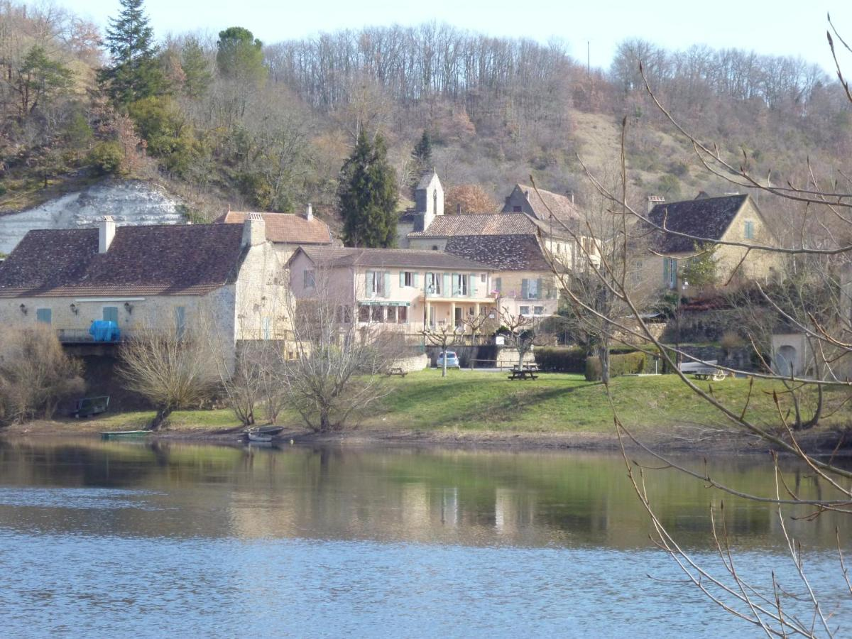 Hotels In Nojals-et-clottes Aquitaine