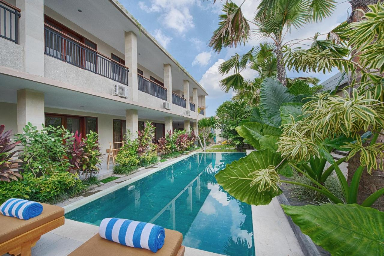 Hotel Puri Tanah Lot Puri Canggu Villas Rooms Indonesia Bookingcom