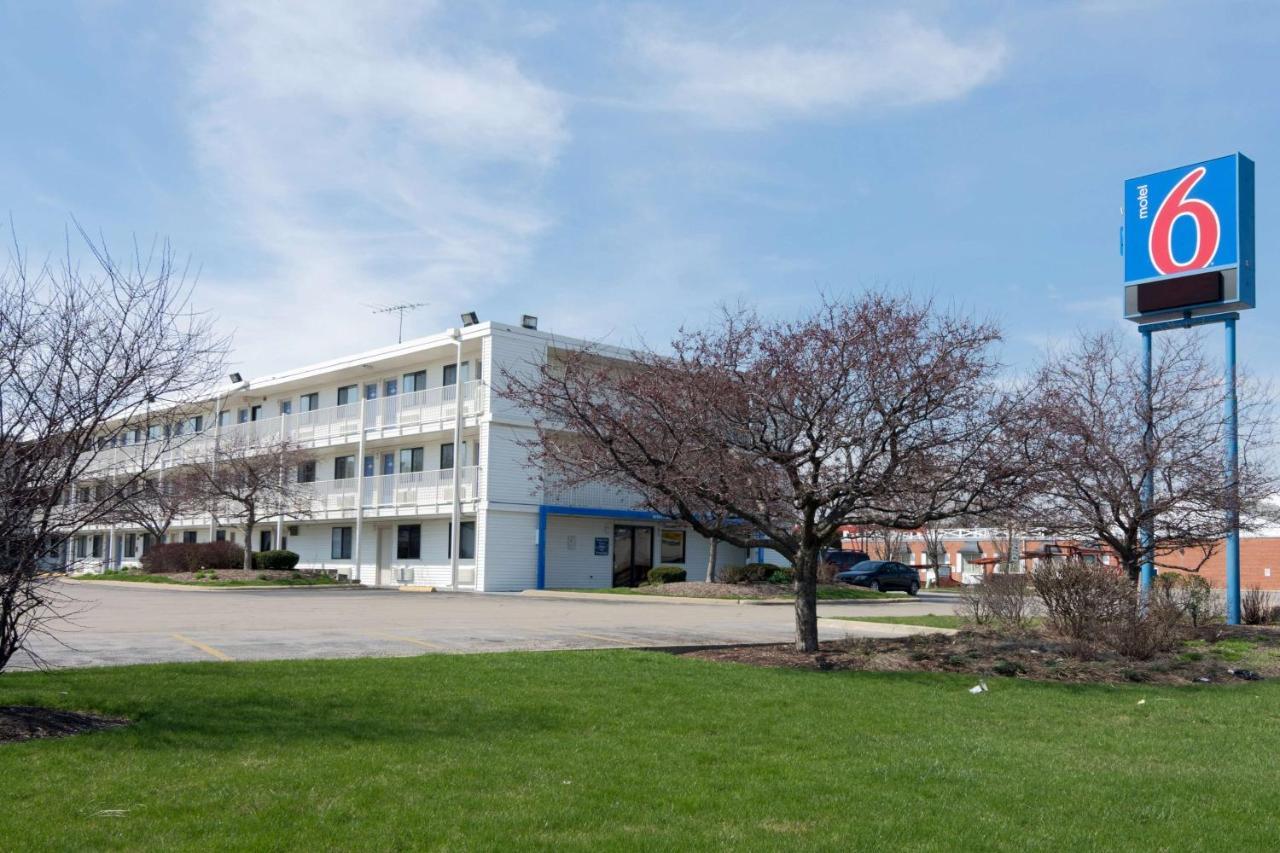 Hotels In North Aurora Illinois