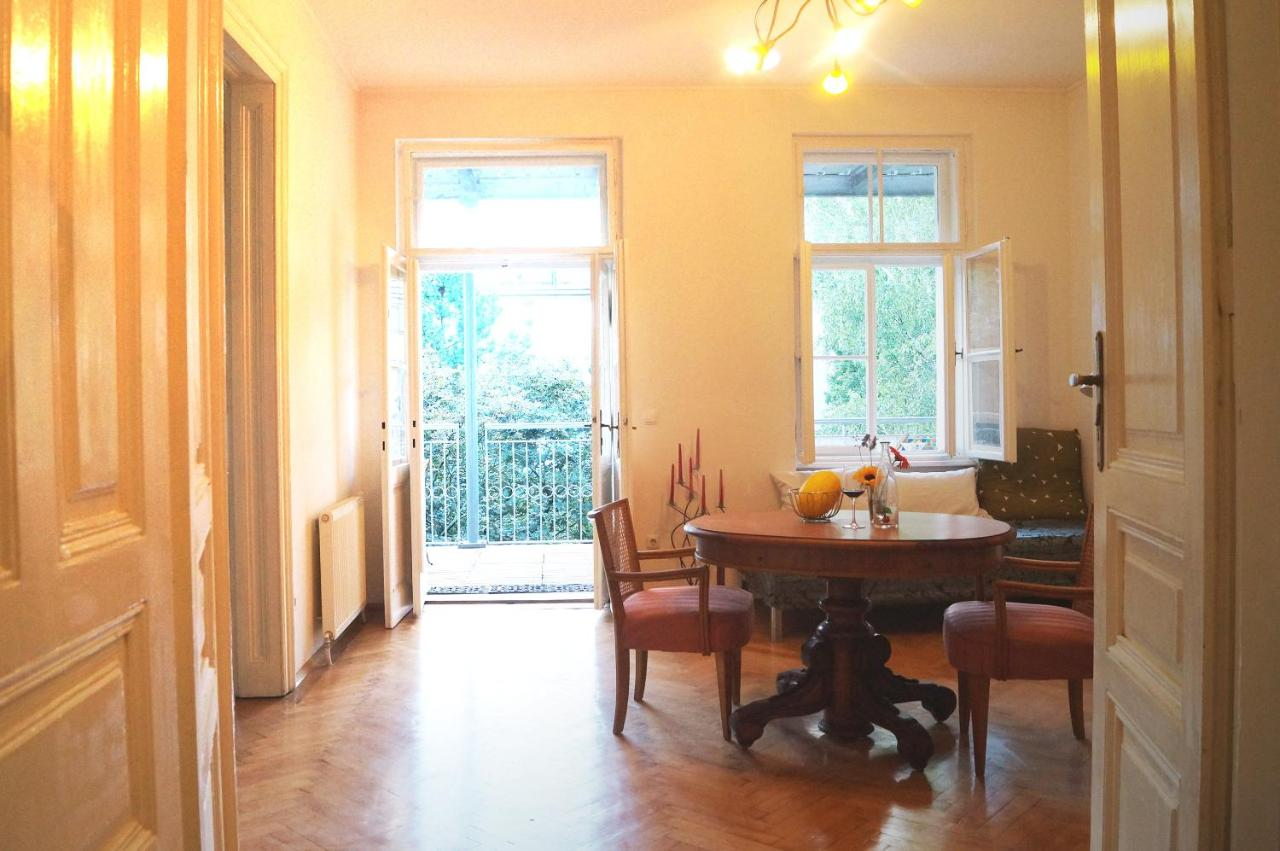 DAS Schönbrunn Apartment!, Vienna, Austria - Booking.com