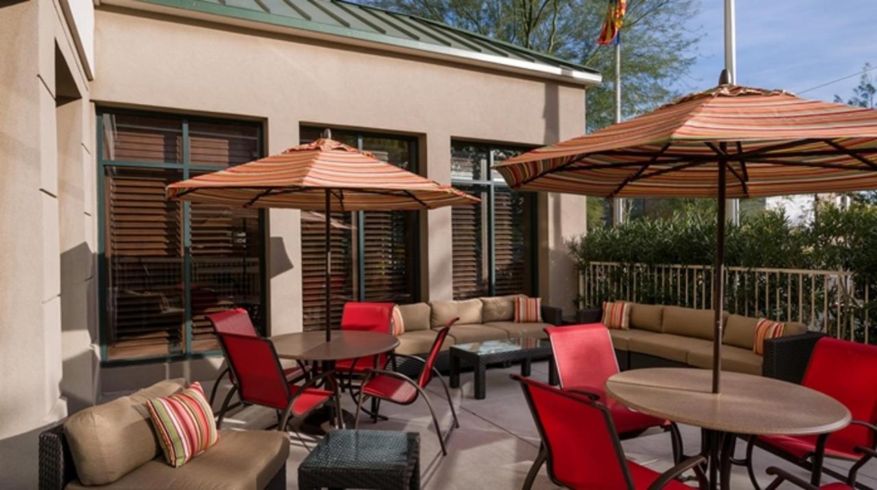 Hotel Hilton Phoenix Airport North, AZ - Booking.com