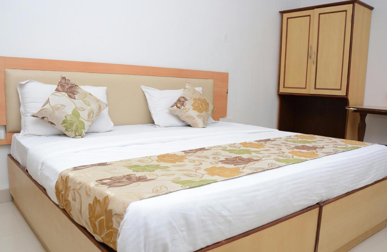 Hotel Campal Hotel Sunrise Panaji India Bookingcom