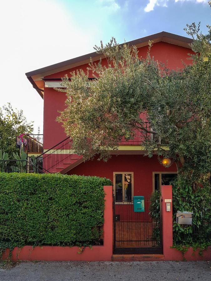 Apartment La Casa Rossa, Treviso, Italy - Booking.com