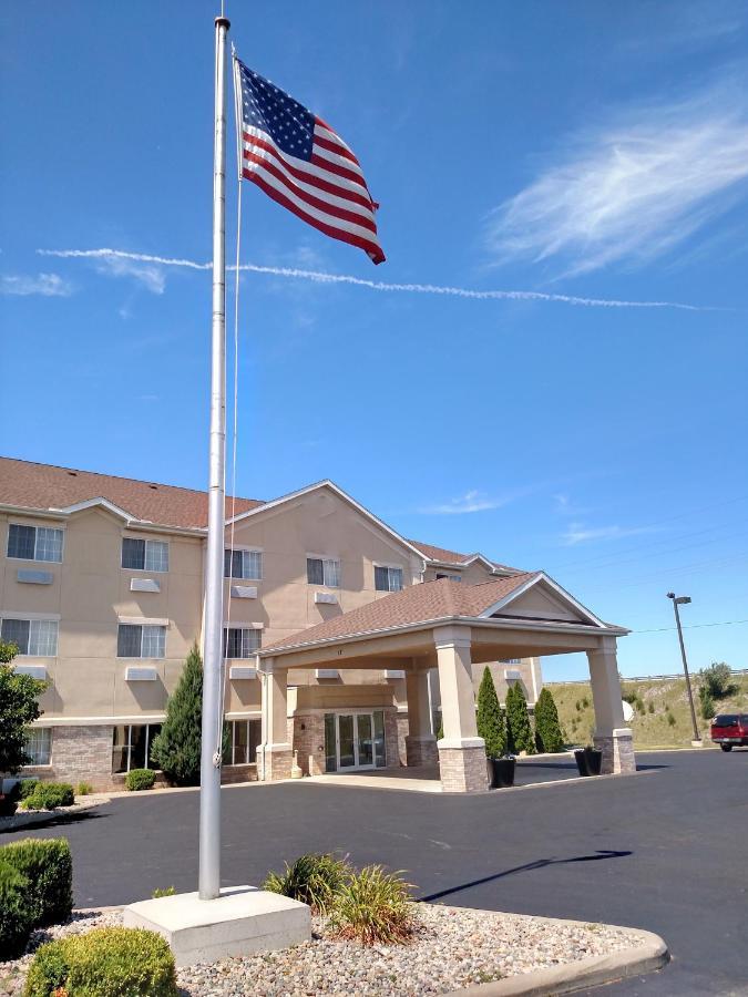 Hotels In Napoleon Ohio