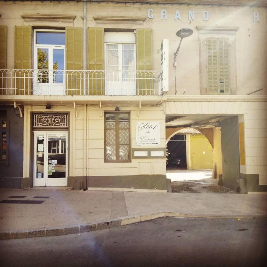 Hotels In Villelaure Provence-alpes-côte D