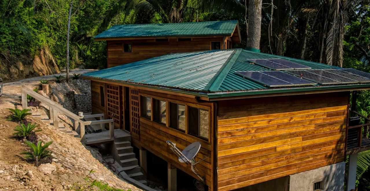 Bed And Breakfasts In Vaca Cayo