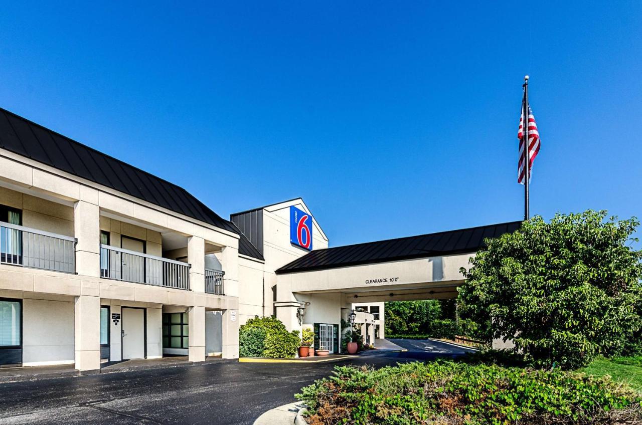 Hotels In Carlton Park Virginia