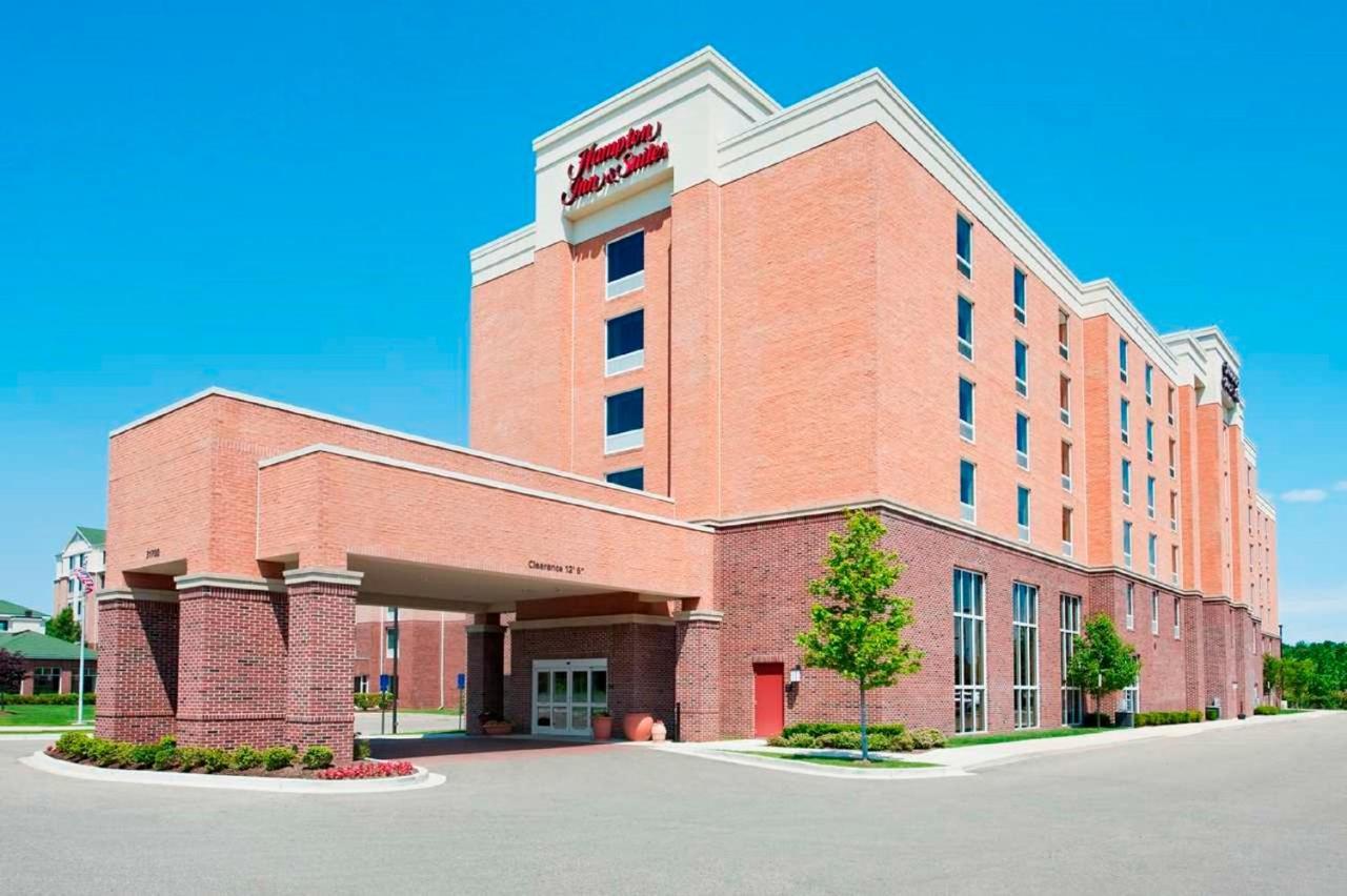 Hotels In Romulus Michigan