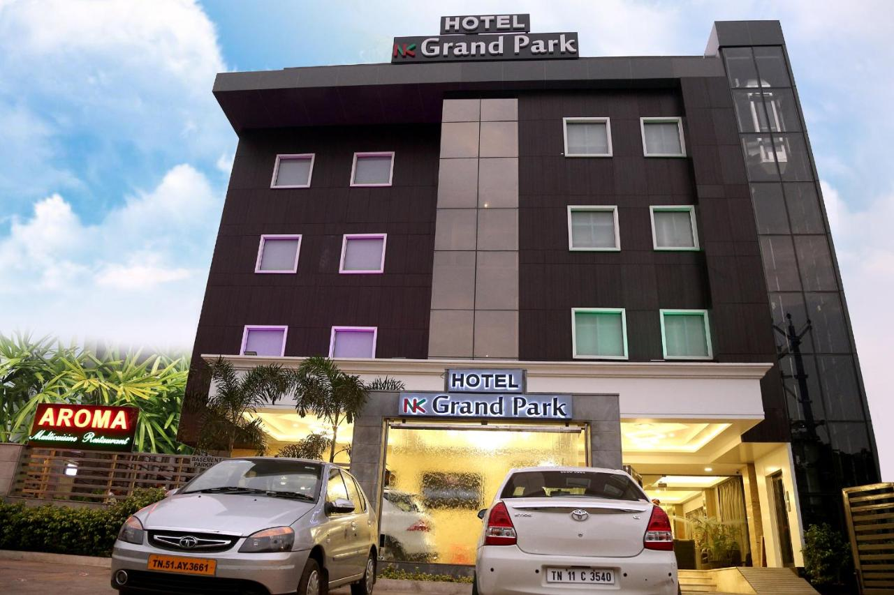 Hotel Manickam Grand Hotel Nk Grand Park Chennai India Bookingcom