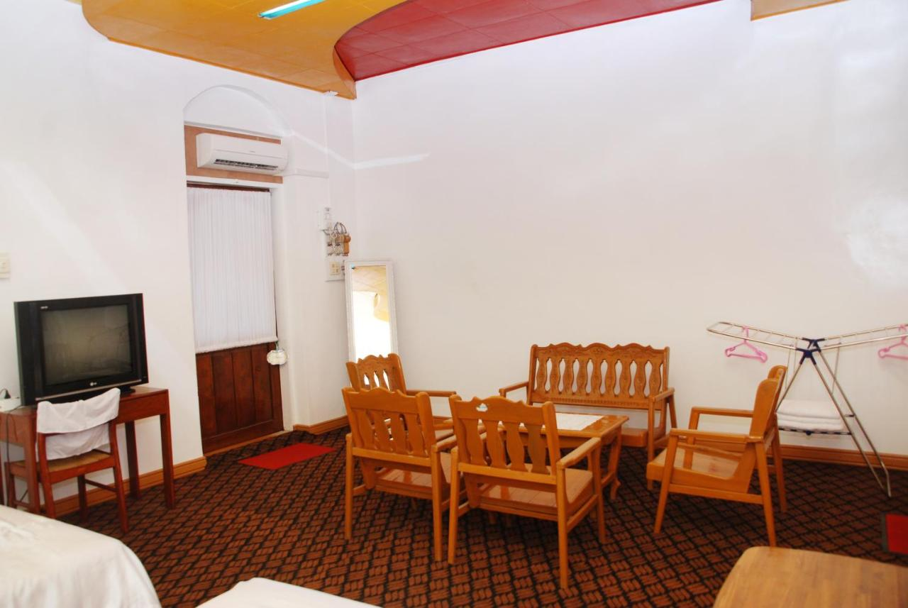 Hotel Queen Jamadevi Than Lwin Hotel Mawlamyine Myanmar Bookingcom
