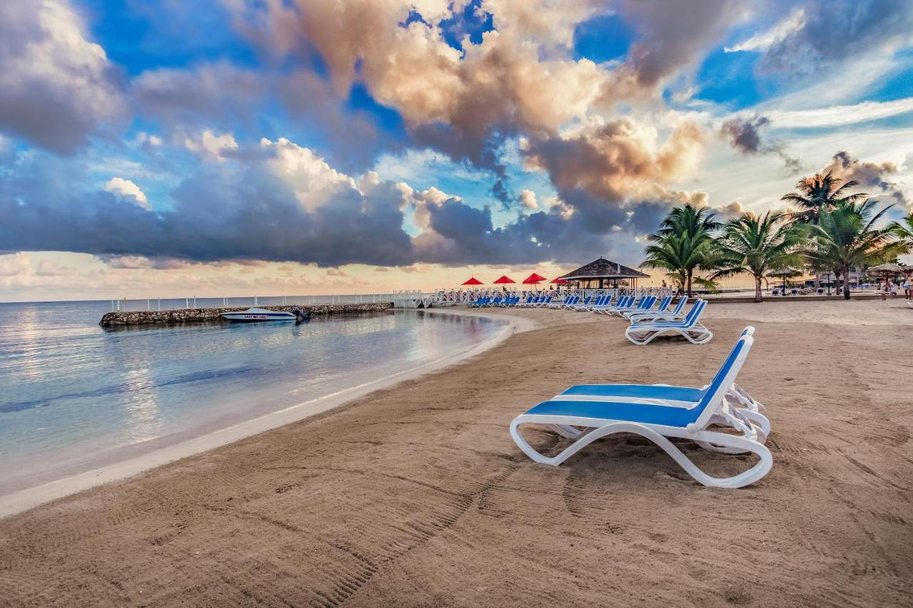 Royal Decameron Club Caribbean in Runaway Bay, Jamaica