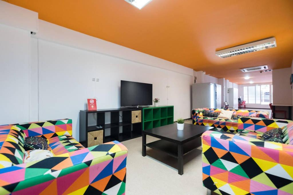 Hostels In Plegamans Catalonia