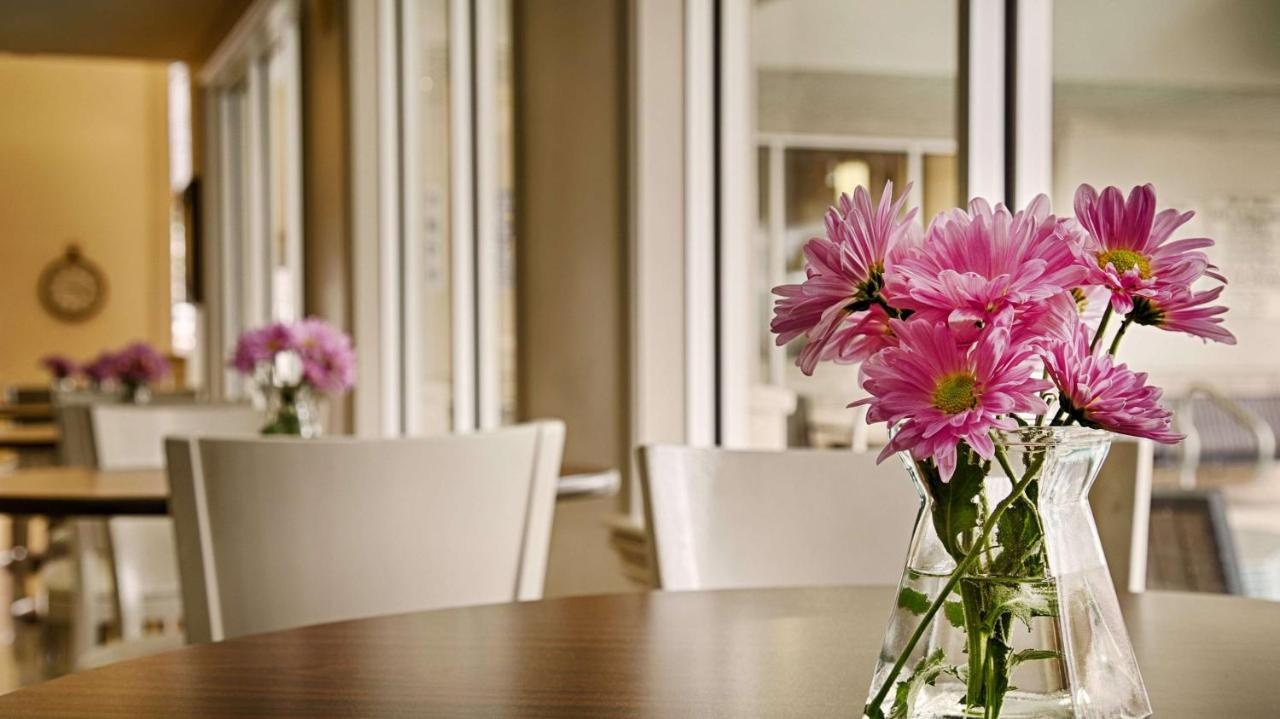 Best western plus flowers hotel best deals amp real reviews - Best Western Plus Downtown Inn Suites Houston Usa Deals From 120 For 2018 19