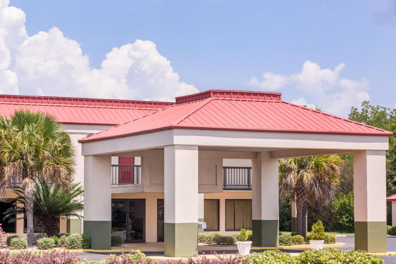 Hotels In Rentz Georgia
