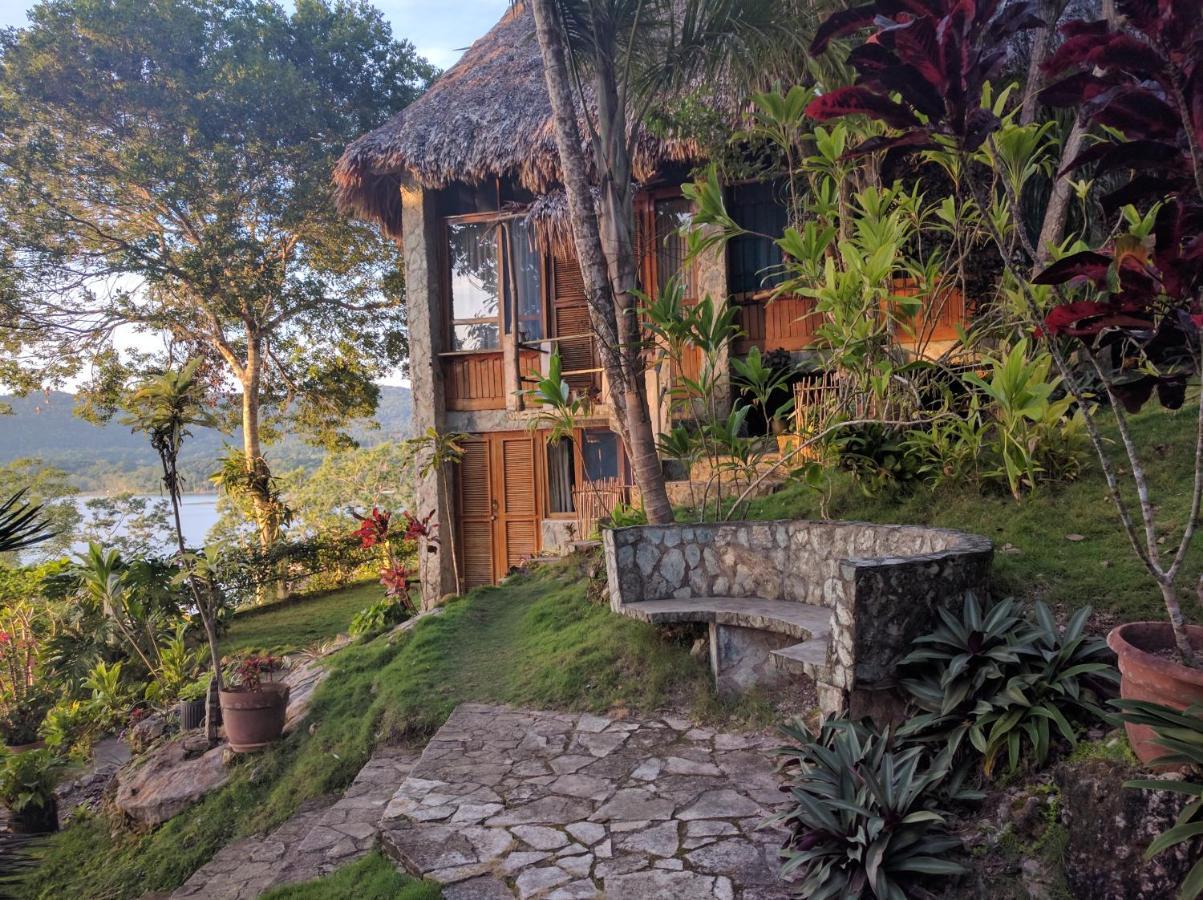 Hotels In Pichaín Peten