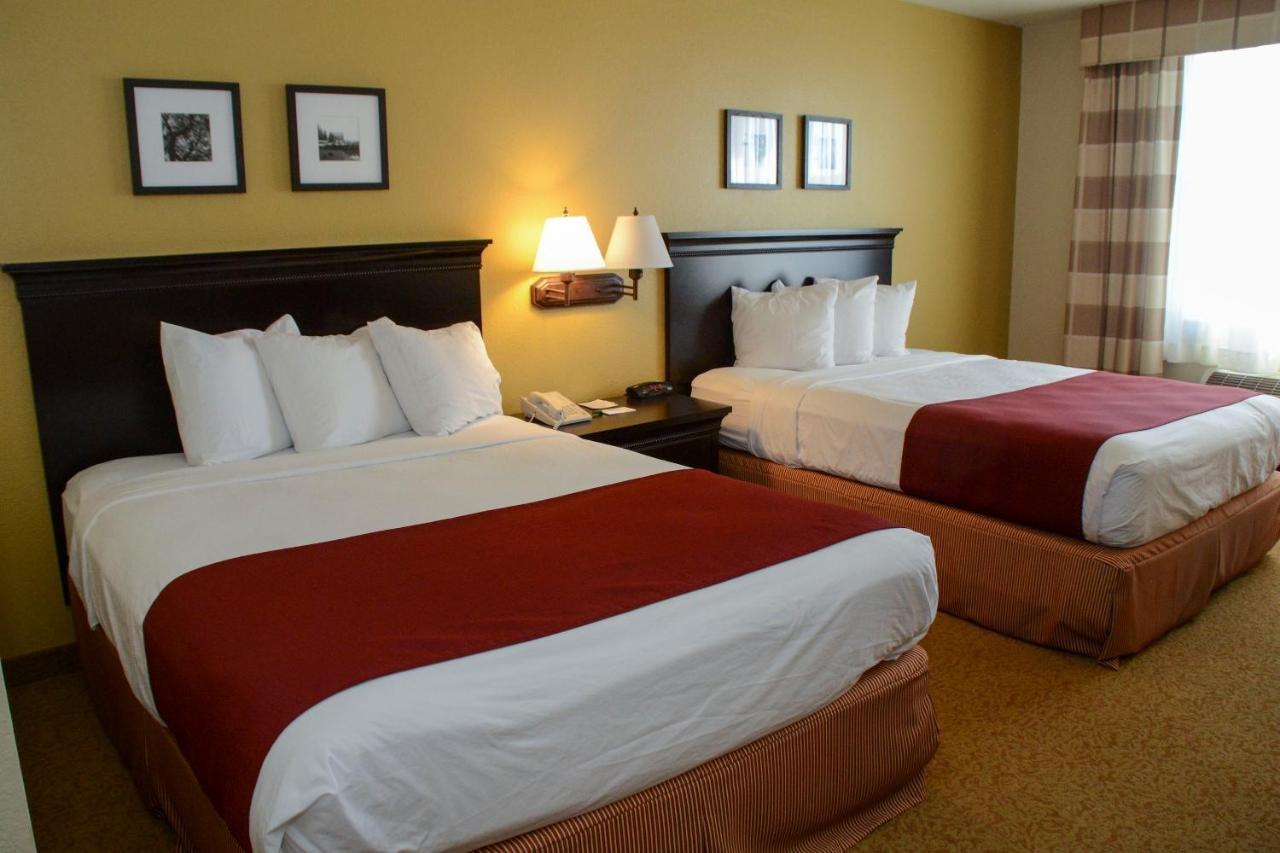 Hotels In Tecumseh Michigan