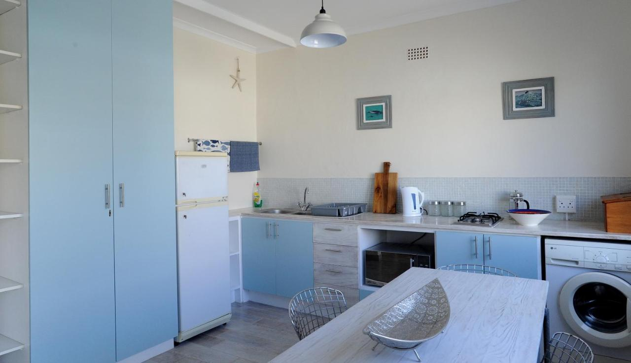 Recreation Cottage, Muizenberg, South Africa - Booking.com