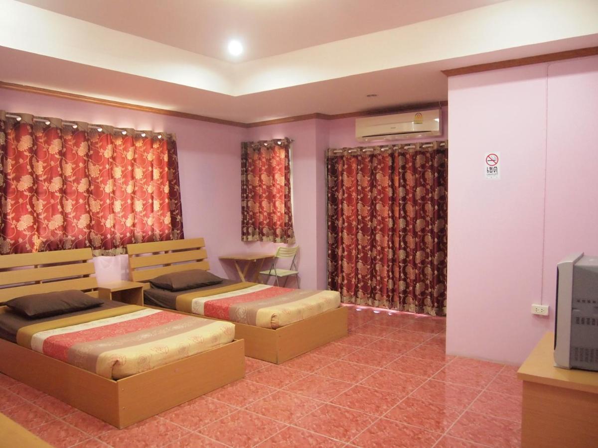 Hotels In Ban Pho Prachak Singburi Province