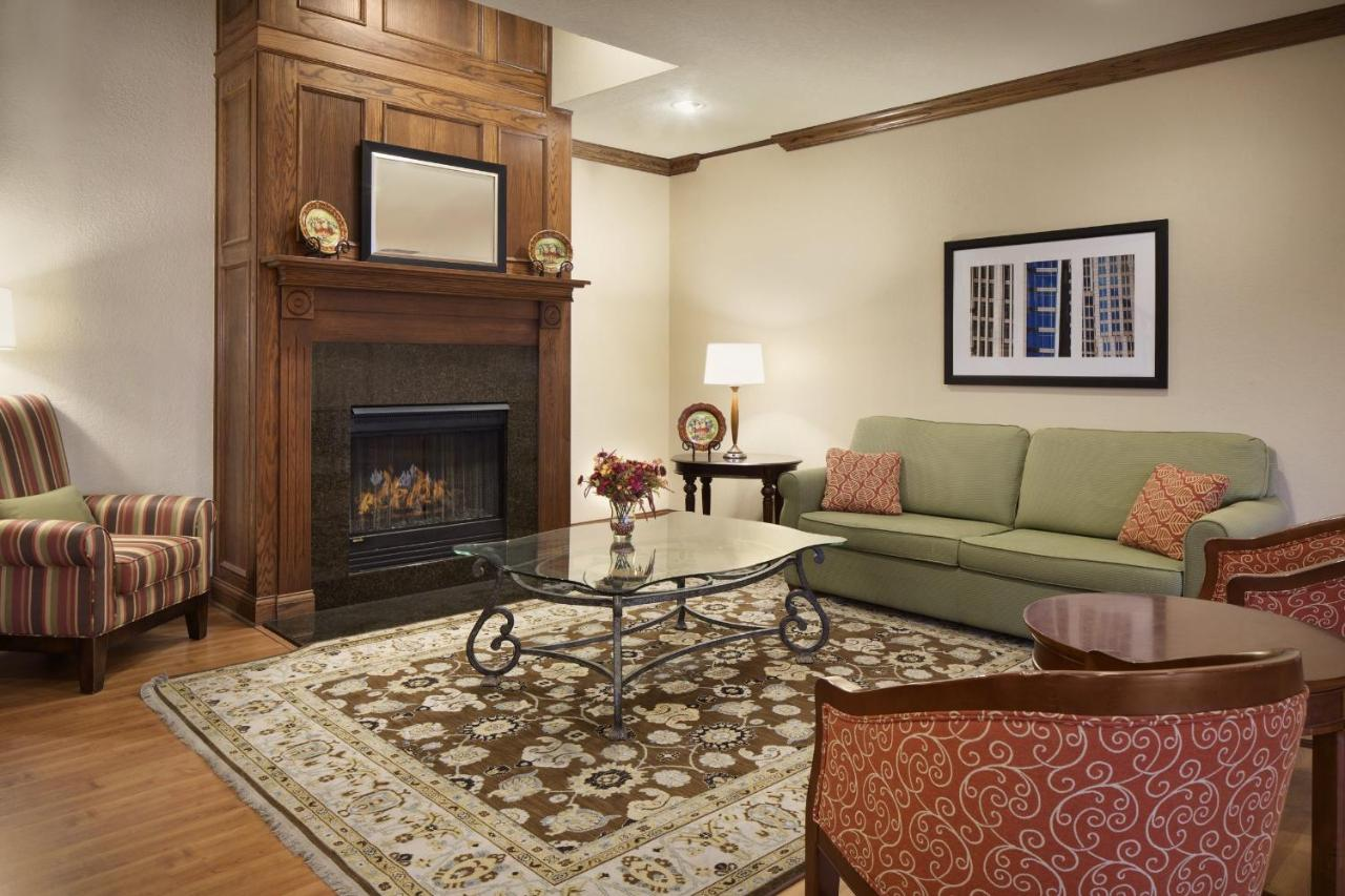 country inn u0026 suites champaign il booking com