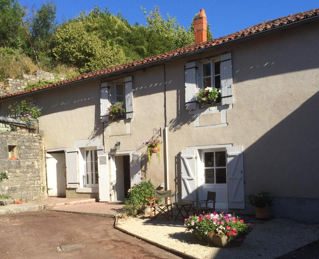 Bed And Breakfasts In Pleuville Poitou-charentes