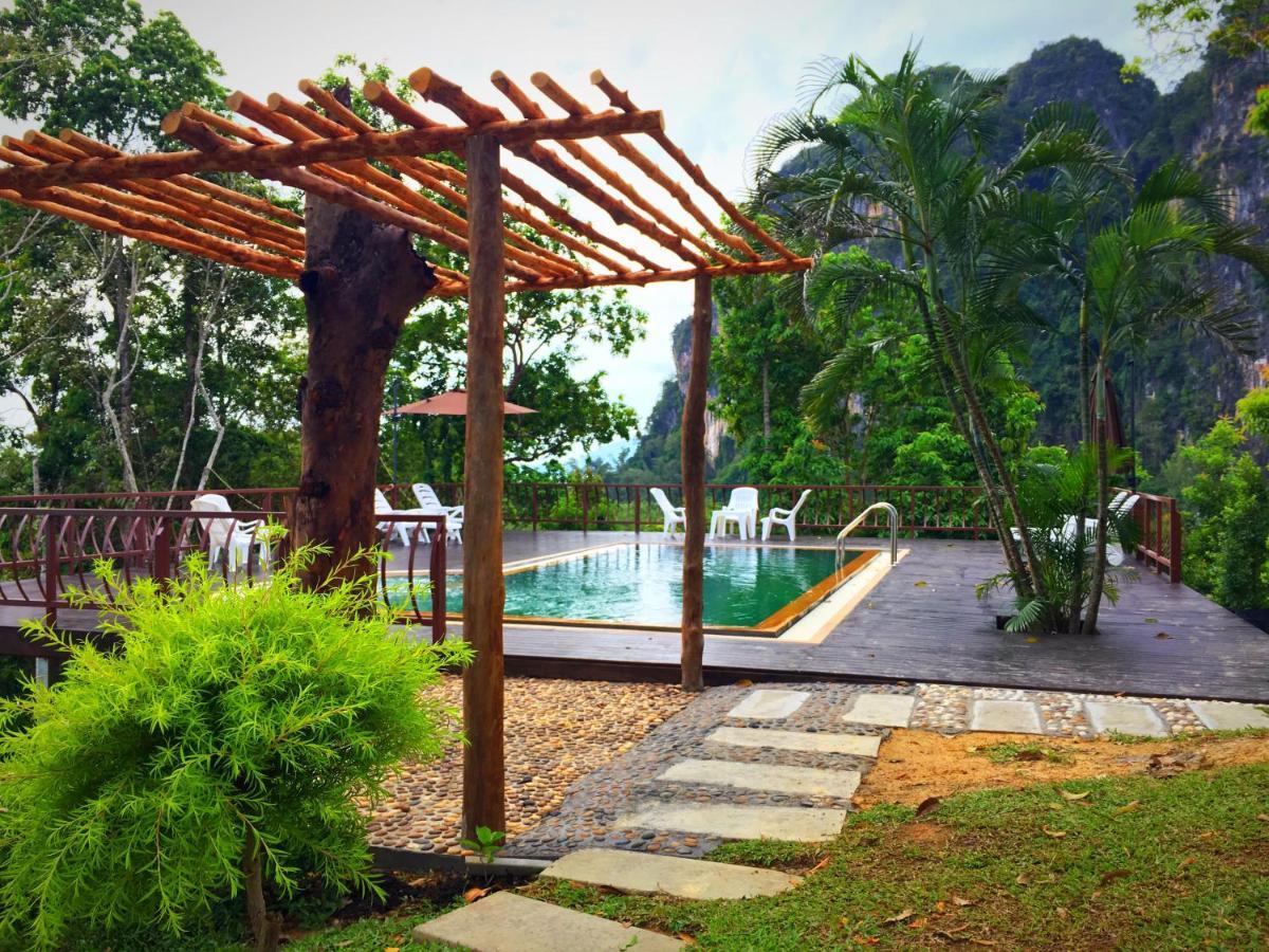 Resorts In Ko Lao Liang Trang Province