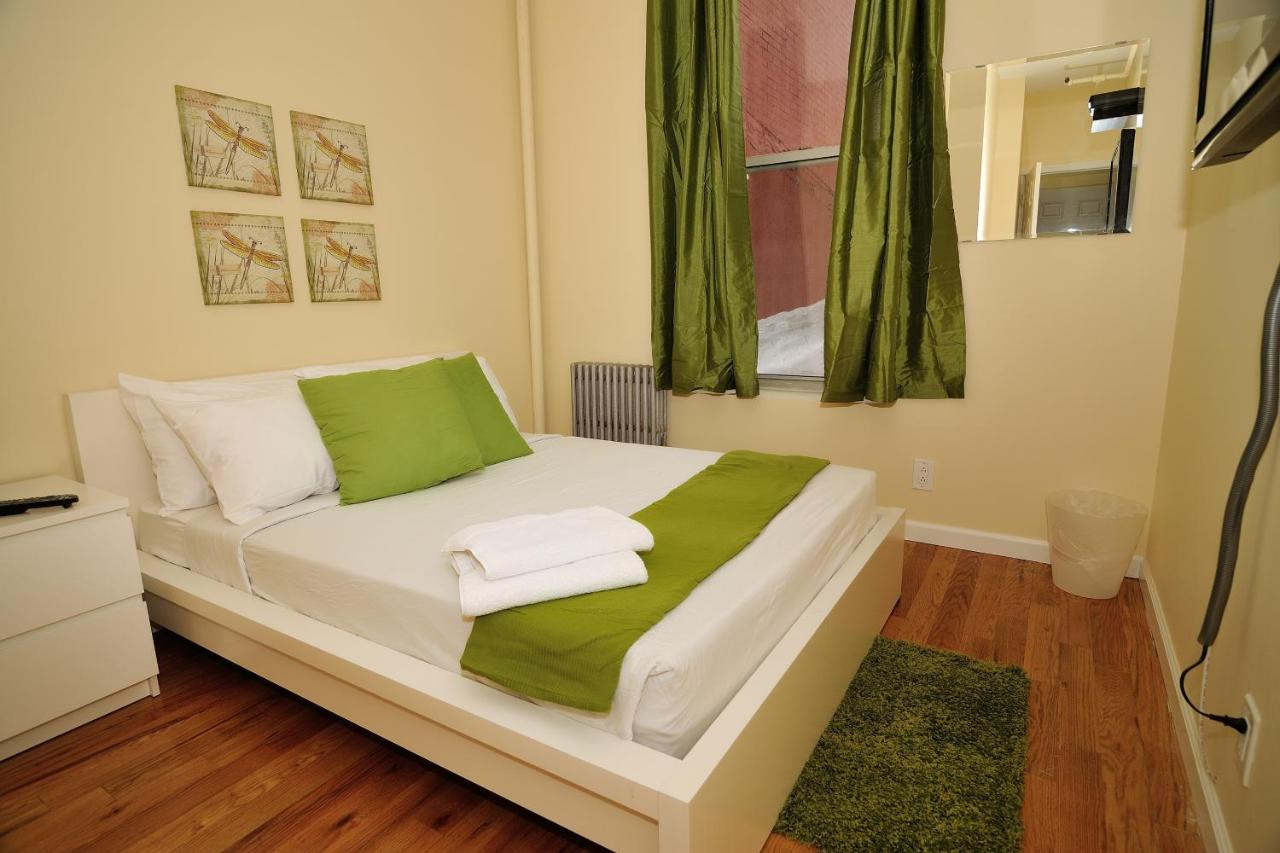 Hostels In Roslyn New York State