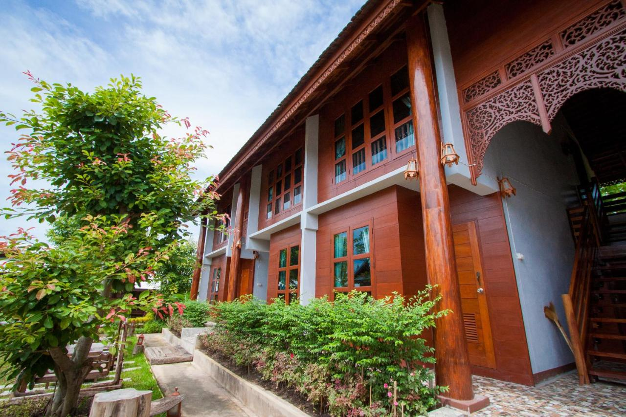 Resorts In Ban Kham Mi Tamnak Phrae Province