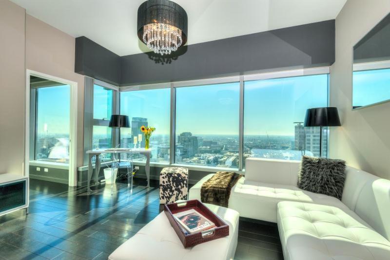 25 Photos Close Luxury Apartments Downtown La