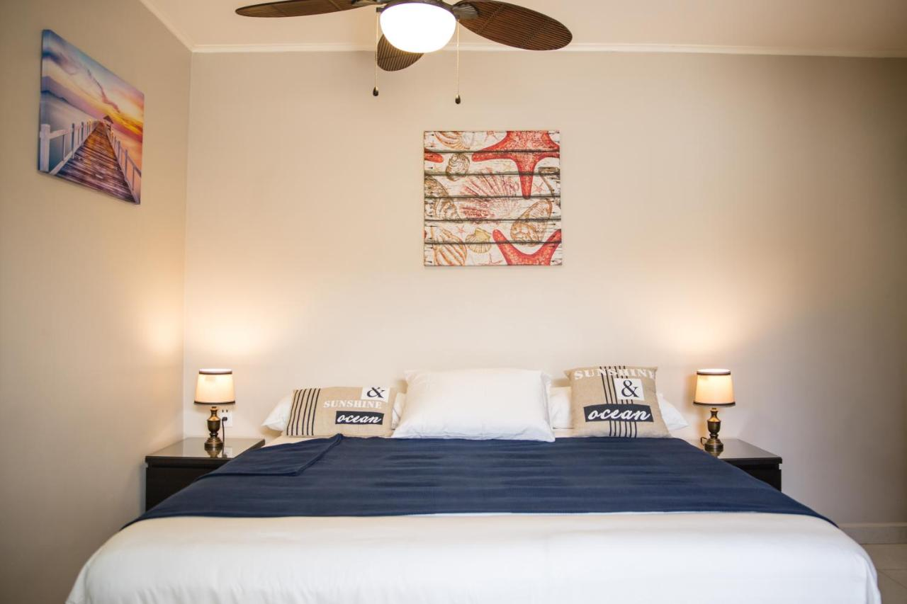 Bed And Breakfasts In Willibrordus