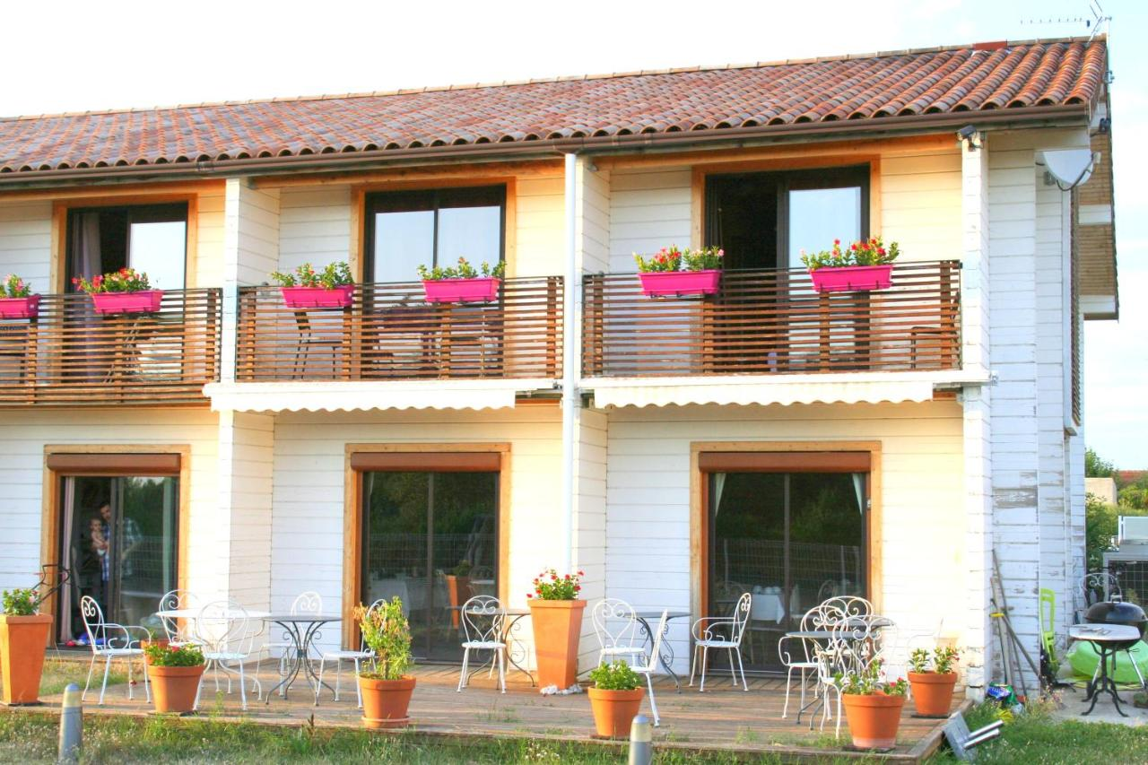 Hotels In Ourches Rhône-alps