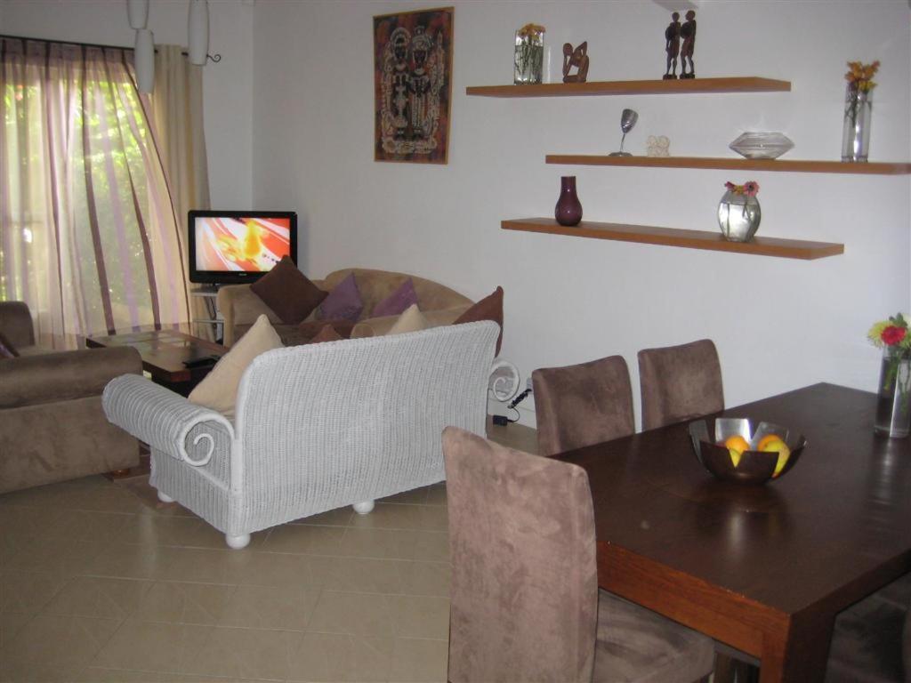 Salle De Bain Commune Booking ~ villa pupunu 2 grand gaube mauritius booking com