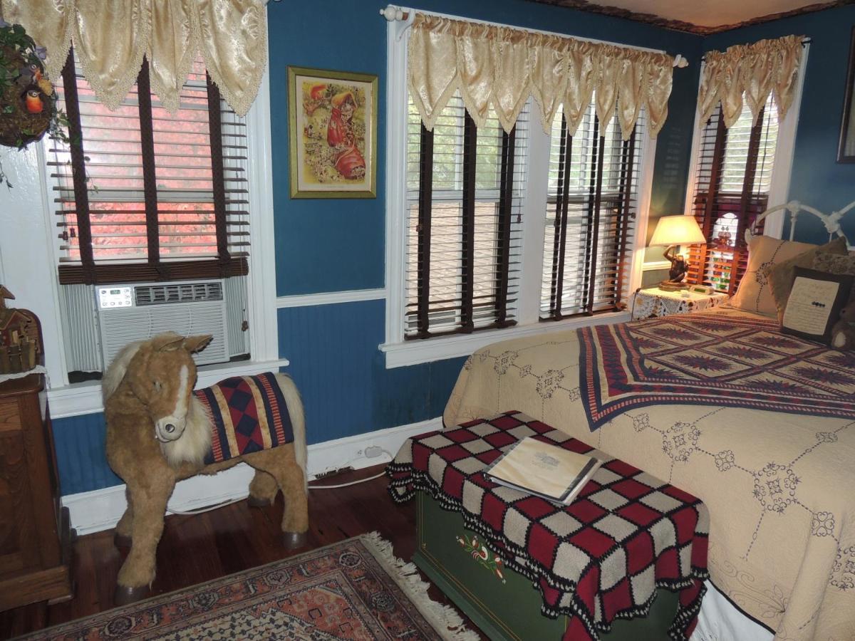 farnsworth house inn, gettysburg, pa - booking