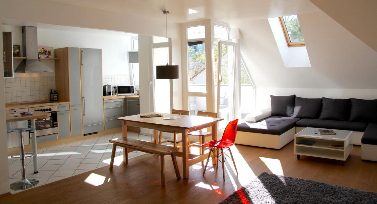 Gl Apartments Wiesbaden Germany This Is April Hesian Top White