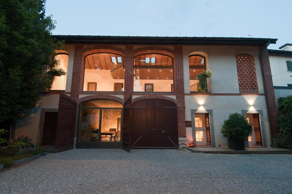 Bed And Breakfasts In Albiolo Lombardy