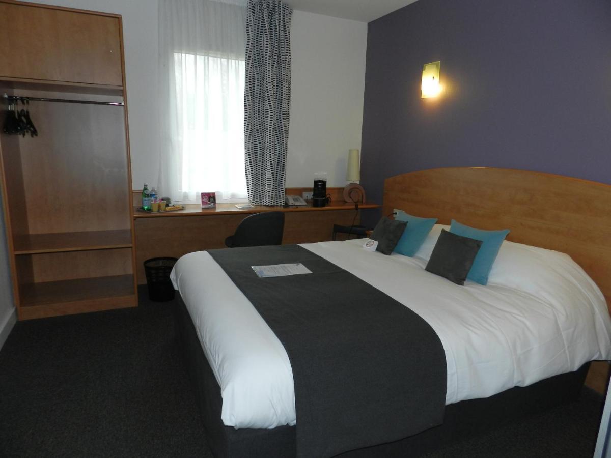 Hotels In Saint Loup Lamaire Poitou-charentes