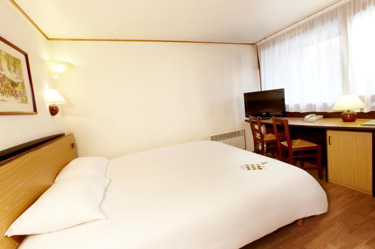 Hotels In Roussay Pays De La Loire