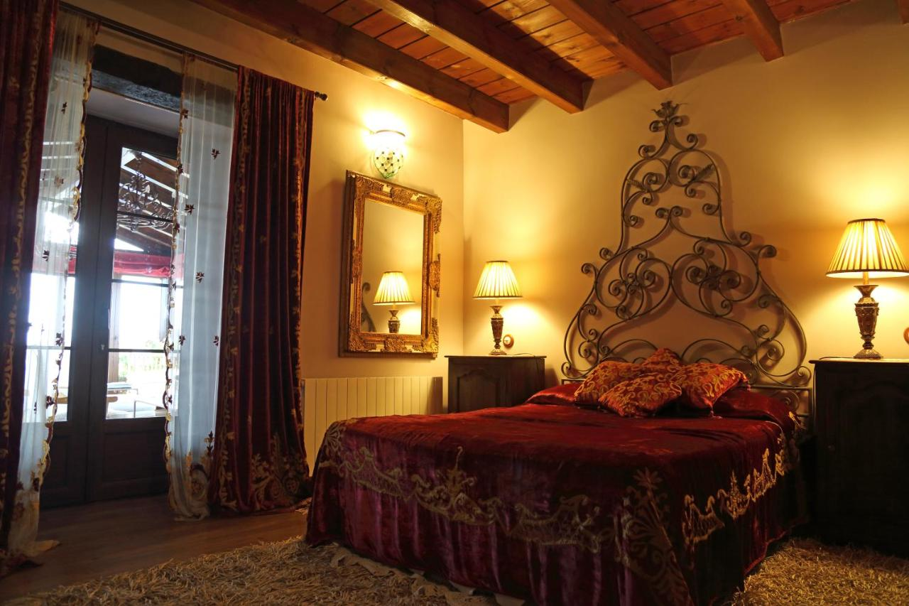 Hotels In Valdenebro De Los Valles Castile And Leon