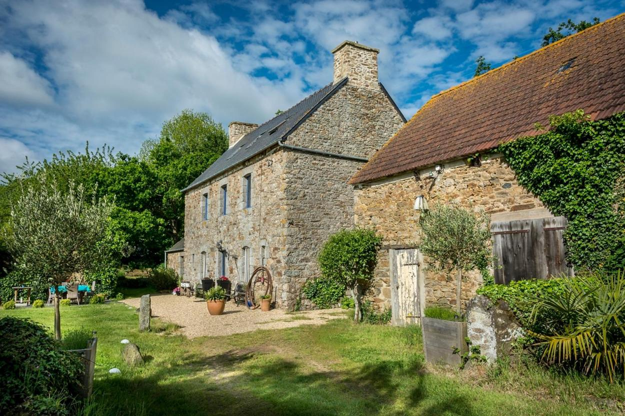 Bed And Breakfasts In Plouisy Brittany
