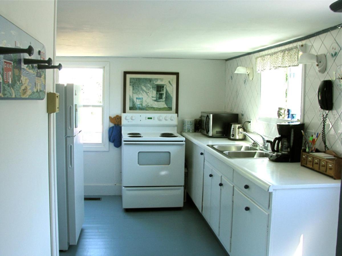 Castaway Cottage, South Addison, ME - Booking.com