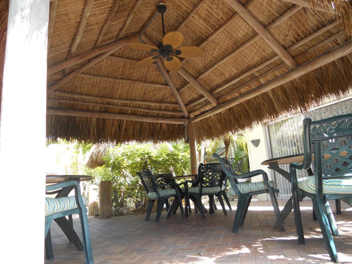 Flamingo Motel & Villas, Bonita Springs, FL - Booking.com