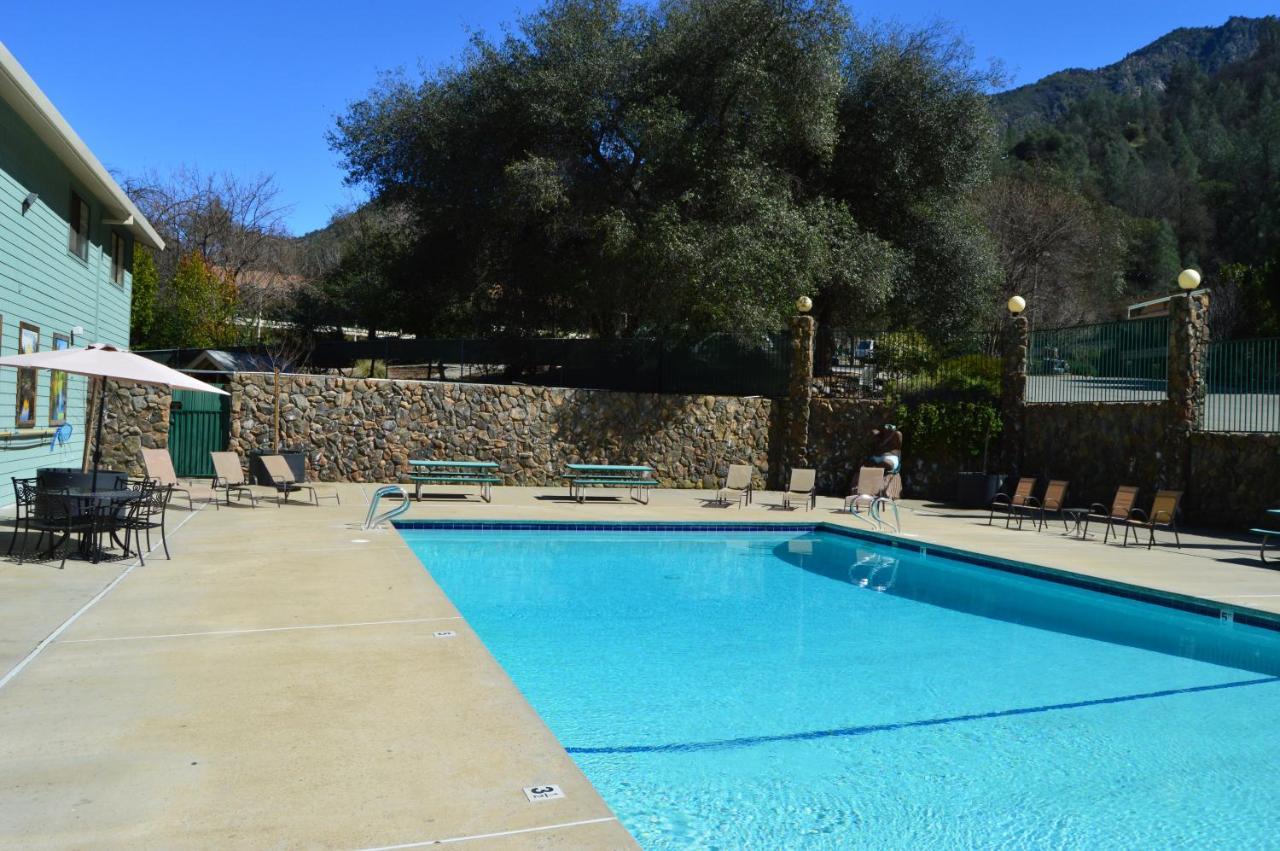 Cedar Lodge, El Portal – Updated 2018 Prices