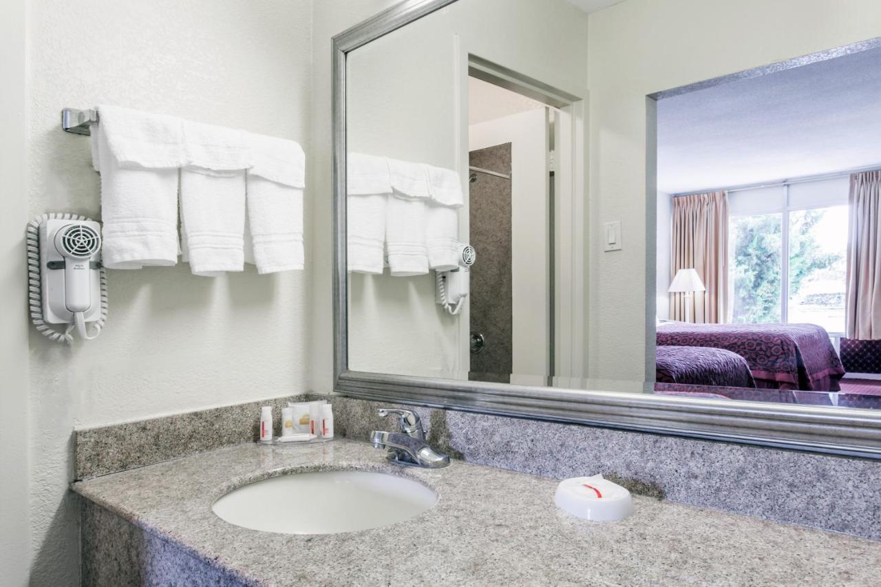 Hotels In June Park Florida