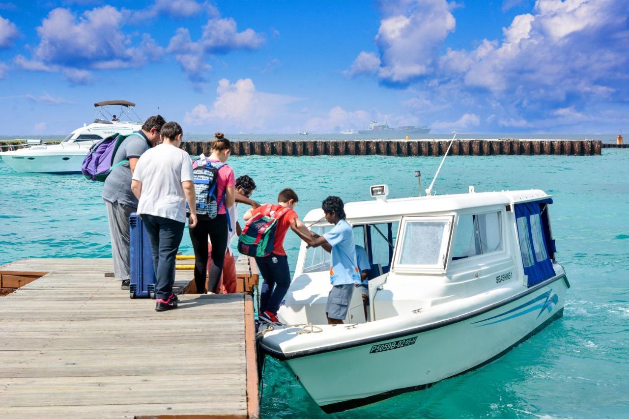 Лучшие недорогие отели на острове Хураа организуют трансфер в аэропорт