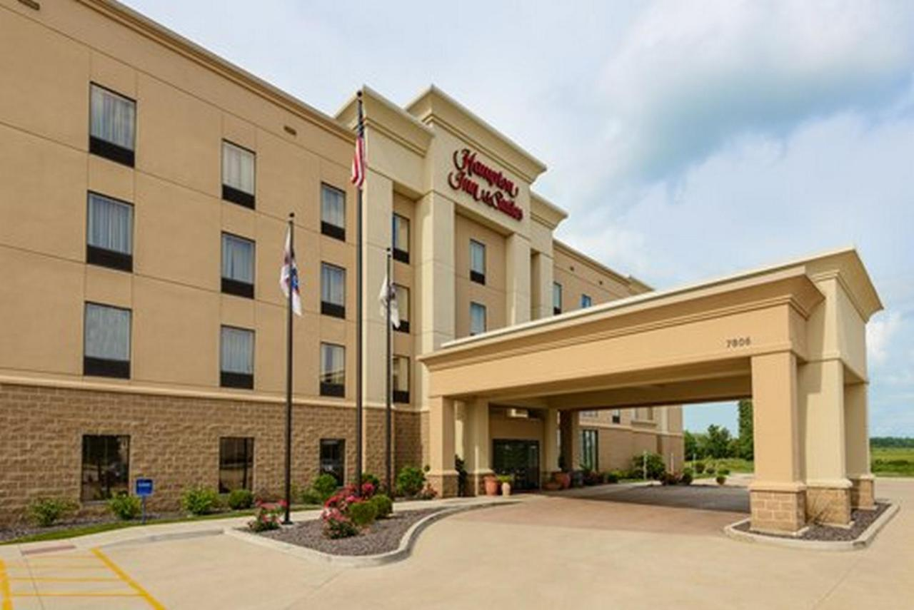 Hotels In Mount Hawley Auxiliary Airport Illinois