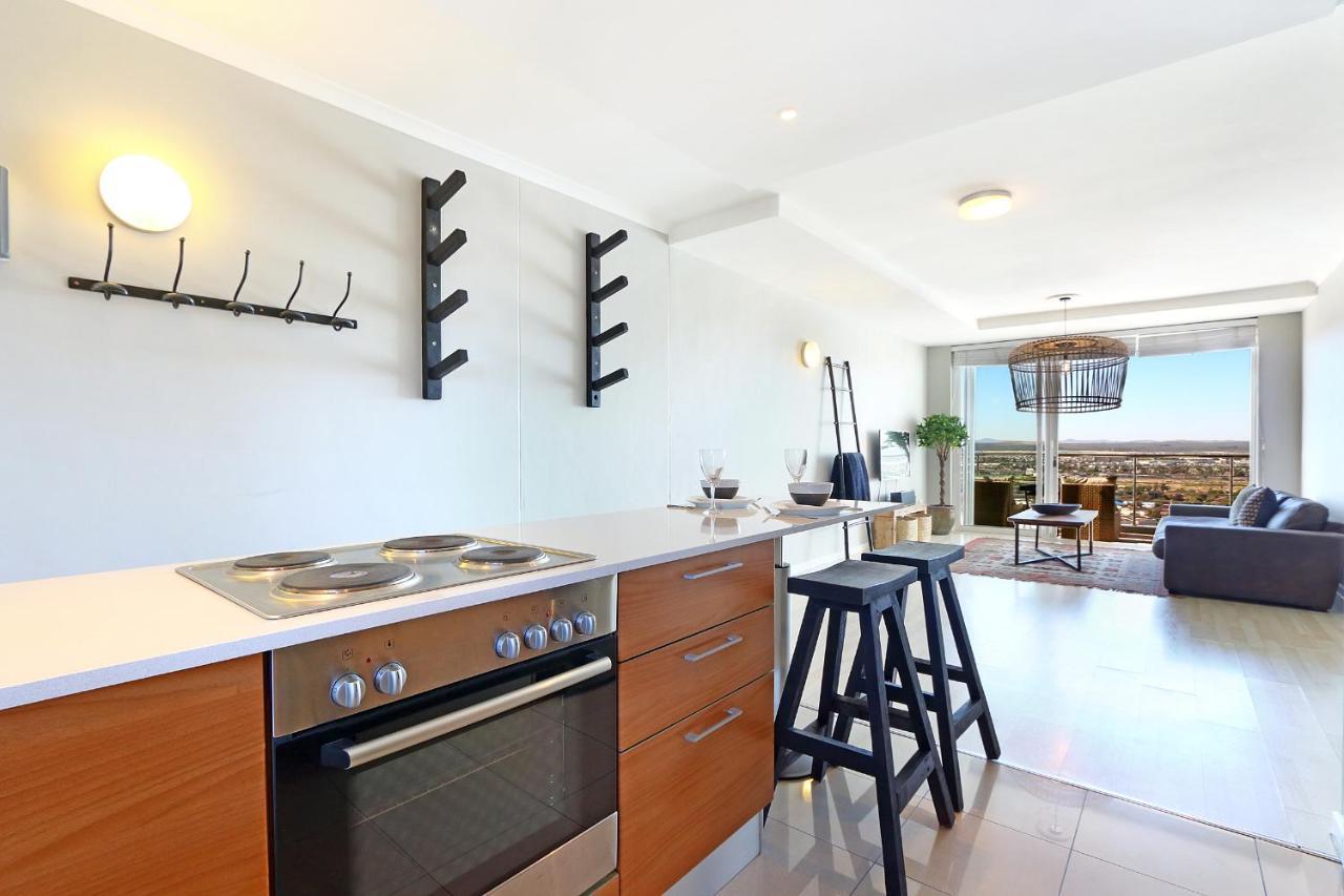 Apartment Horizon Bay 1504, Bloubergstrand, South Africa - Booking.com