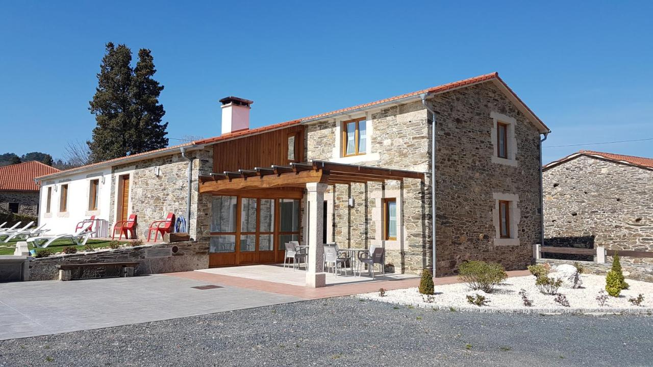 Guest Houses In Loño Galicia